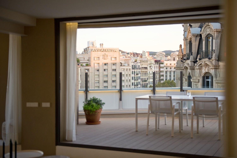 Barcelona gracia kettal casa architects 17 for Kettal barcelona